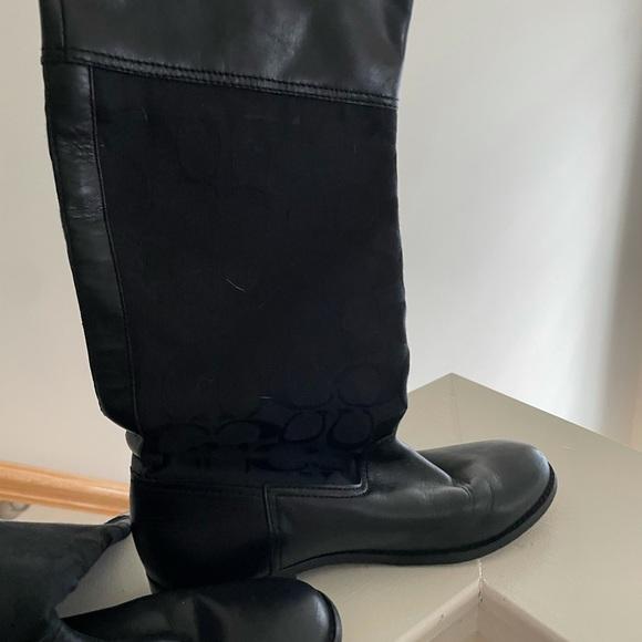 Coach Boot 6.5 flat